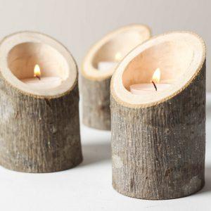 เทียนในท่อนไม้